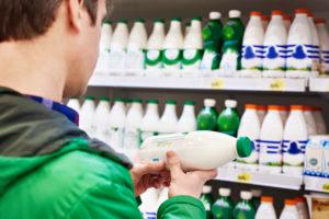 ΥΠΑΑΤ: σύντομα η θεσμοθέτηση αναγραφής της χώρας προέλευσης στα γαλακτοκομικά